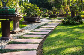 how to landscape obtain green grass